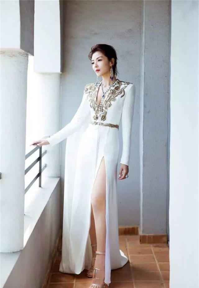 Lưu Đào: Người vợ quốc dân xinh đẹp lăn lộn giúp chồng đại gia trả nợ - 7