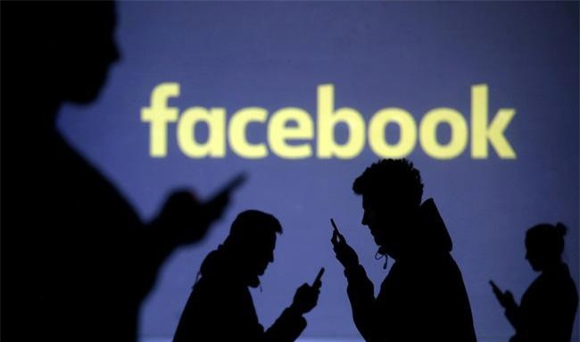 8 thông tin bạn nên cân nhắc kỹ trước khi đăng lên Facebook