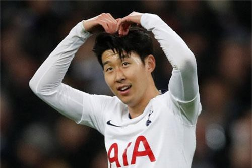 CLIP: 9 bàn thắng đẹp nhất Premier League 2018-2019