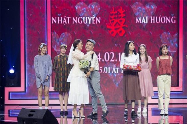 Văn Mai Hương hóa cô dâu, tái hiện đám cưới cổ tích thập niên 90 với phóng viên Châu Nhật Nguyên - Ảnh 2.