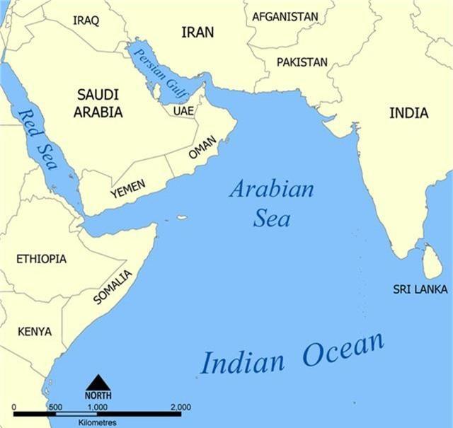 Tàu chiến Mỹ tập trận rầm rộ sát Iran giữa lúc căng thẳng - 2