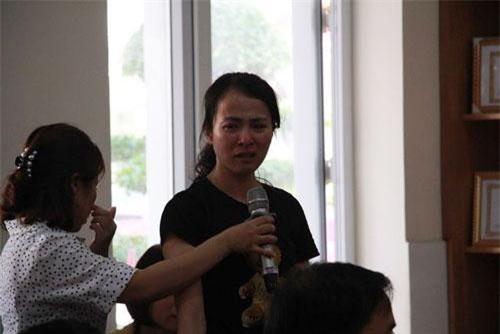 Hải Phòng: Buộc thôi việc cô giáo tát, đánh nhiều học sinh lớp 2 trong giờ kiểm tra