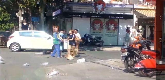 Quảng Trị: Phạt chủ shop quần áo 2,5 triệu đồng vụ đánh cô lao công