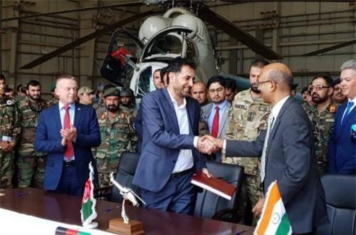 Hai trong số 4 chiếc Mi-24 được Ấn Độ
