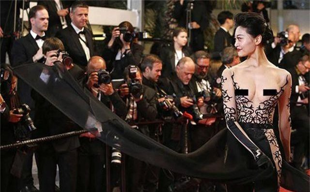 Khi người đẹp bị chê vì mặc hở hang tại LHP Cannes - 4