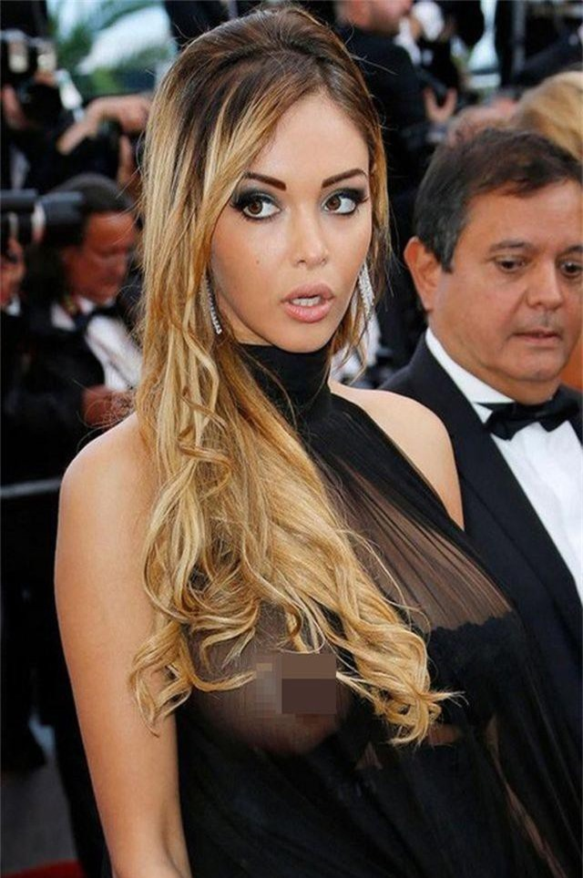 Khi người đẹp bị chê vì mặc hở hang tại LHP Cannes - 9