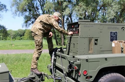 Cận cảnh radar phản pháo tối tân Mỹ vừa giao cho Ukraine