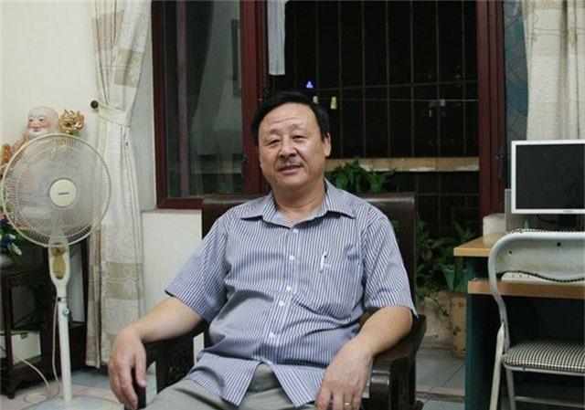 Huyện Đồng Văn trả lại sổ đỏ dinh thự Vua Mèo cho gia tộc họ Vương - 1