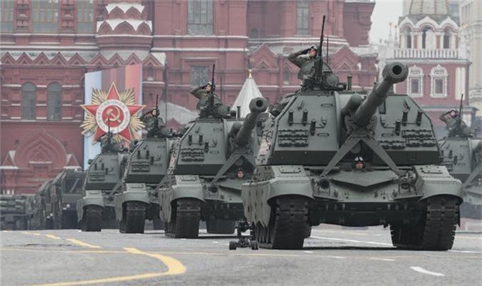 Loat vu khi Nga mang ra duyet binh khien ca chau Au run so-Hinh-4