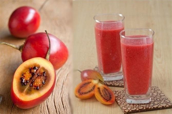 Ly nước ép, sinh tố cà chua thân gỗ bổ dưỡng và mát lạnh ngày hè (Ảnh: TL)