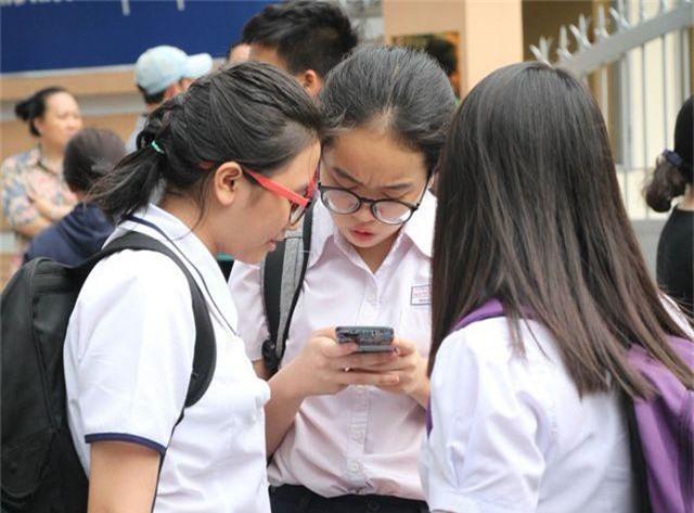TPHCM công bố 135 địa điểm thi vào lớp 10 - 1