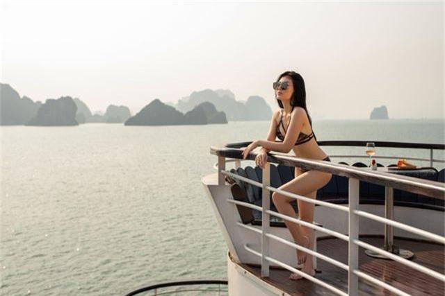Lan Cave Thanh Hương khoe body nóng bỏng, siêu vòng 3 với bikini - 13