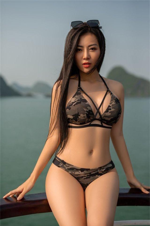 Lan Cave Thanh Hương khoe body nóng bỏng, siêu vòng 3 với bikini - 3