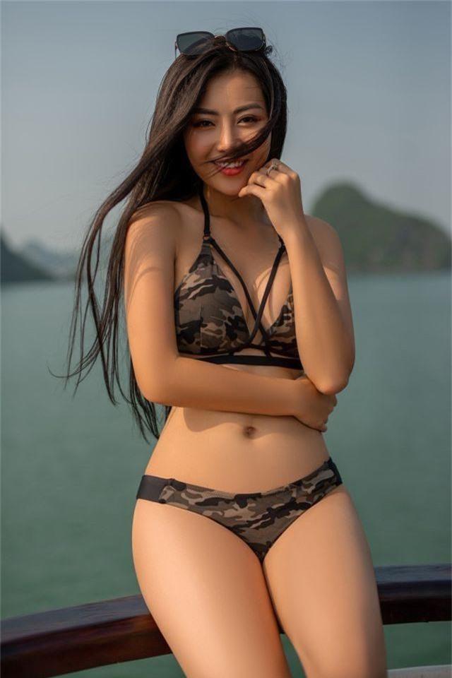 Lan Cave Thanh Hương khoe body nóng bỏng, siêu vòng 3 với bikini - 5