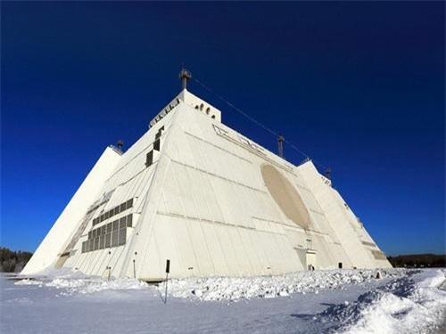 Đài radar cảnh giới tầm siêu xa Don-2N