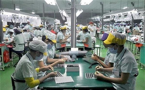 Tỷ trọng đóng góp của doanh nghiệp FDI trong tổng kim ngạch xuất nhập khẩu đang giảm nhẹ. (Ảnh TL)