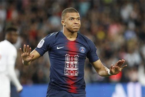 2. Kylian Mbappe (AS Monaco qua PSG năm 2017, 145 + 35 triệu euro).