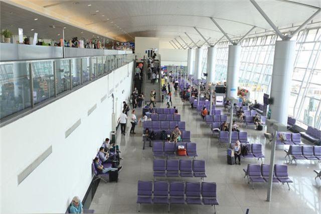Tân Sơn Nhất ngừng phát thanh bằng loa để giảm tiếng ồn sân bay  - 2