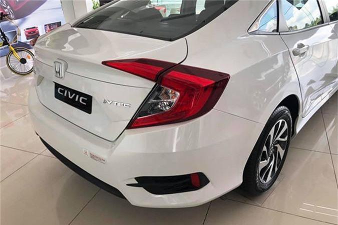 Can canh Honda Civic 1.8E gia 729 trieu tai Ha Noi-Hinh-4