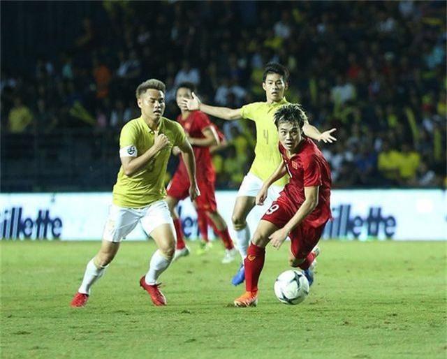 Tầm vóc khác của Văn Toàn ở đội tuyển Việt Nam - 1