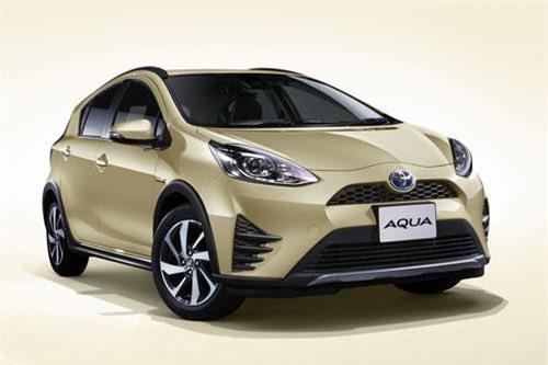 3. Toyota Aqua (doanh số: 51.633 chiếc).