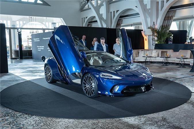 McLaren GT.