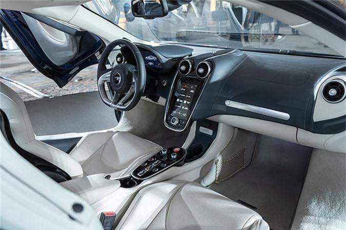Sieu xe McLaren GT lan dau den chau A, gia 12,8 ty dong-Hinh-5