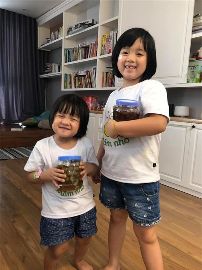 """Xứng danh """"bà mẹ siêu nhân"""", MC Minh Trang thông báo mang bầu lần 4 khiến hơn 8 nghìn người ngỡ ngàng - Ảnh 3."""
