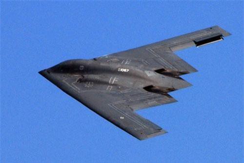 Máy bay chiến đấu B-2 Spirit.