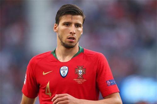Trung vệ: Ruben Dias (Bồ Đào Nha). Ảnh: Getty.