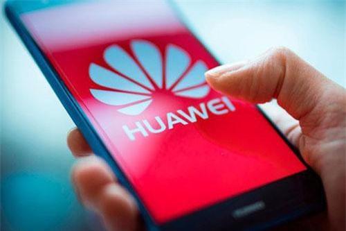 Sếp lớn Huawei khẳng định sẽ tăng trưởng vượt năm 2018