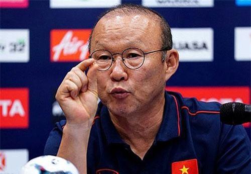 VFF quyết định tăng lương cho HLV Park Hang Seo