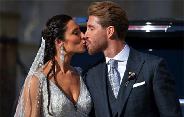 C.Ronaldo đi nghỉ cùng bạn gái, mặc kệ lùm xùm hiếp dâm - 2