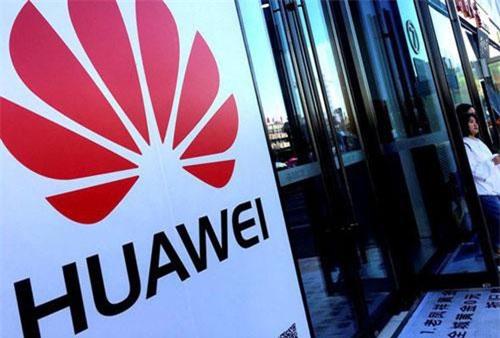 Huawei sẽ cắt giảm sản lượng trong 2 năm