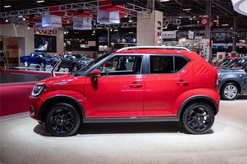 Cận cảnh xe crossover giá gần 200 triệu của Suzuki