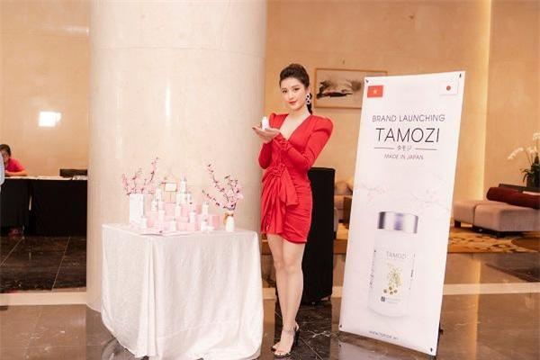 Miss Grand International VietNam Huyền My trở thành đại sứ thương hiệu của TAMOZI DIET sau khi đã trực tiếp trải nghiệm và thấy được tác dụng của sản phẩm
