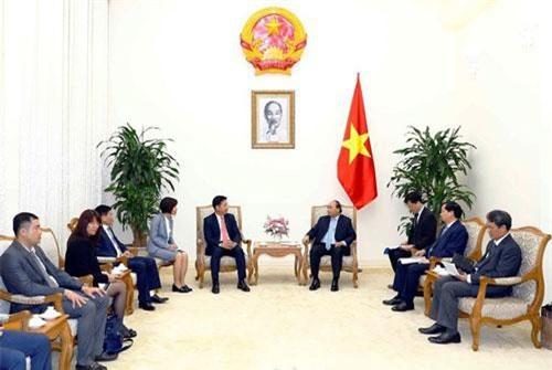 Chiều 20/6/2019, tại Trụ sở Chính phủ, Thủ tướng Nguyễn Xuân Phúc tiếp ông Yasutsugu Iwamura, Giám đốc điều hành Tập đoàn AEON Nhật Bản, kiêm Tổng giám đốc AEON MALL Việt Nam. Ảnh: TTXVN.