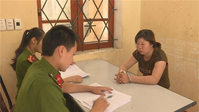 Cơ quan công an làm việc với đối tượng Hoàng Thị Mai Hương.