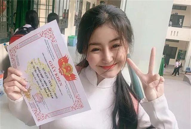 4 hot girl sinh năm 2001 sẵn sàng đối mặt với kỳ thi THPT quốc gia - 6