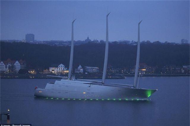 Chiêm ngưỡng siêu du thuyền khổng lồ trị giá hơn 10 nghìn tỷ đồng của tỷ phú Nga - 2