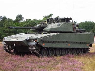 """Kinh ngạc xe thiết giáp """"biến hình"""" của Quân đội Thuỵ Điển"""