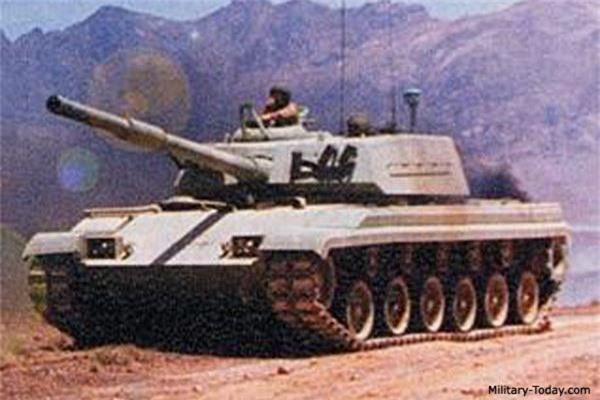 Ngac nhien xe tang Viet Nam duoc trang bi nap dan tu dong-Hinh-9