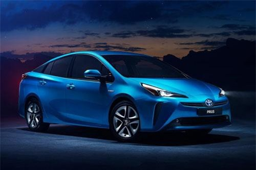 Toyota Prius (doanh số: 12.093 chiếc).