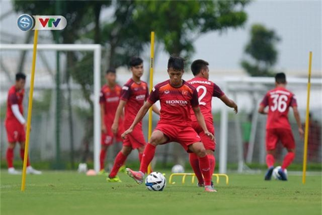 U23 Việt Nam đầy đủ quân số, HLV Park Hang Seo tìm kiếm nhân tố mới - Ảnh 9.