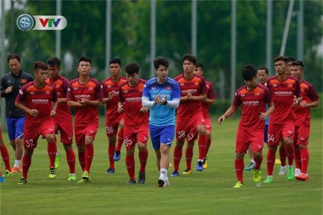 U23 Việt Nam đầy đủ quân số, HLV Park Hang Seo tìm kiếm nhân tố mới - Ảnh 7.