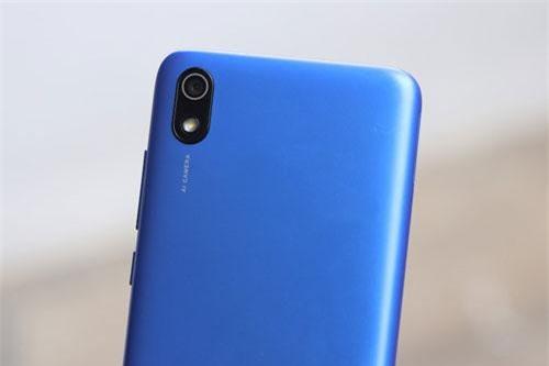 Smartphone chống nước, pin 4.000 mAh, giá 2 triệu đồng