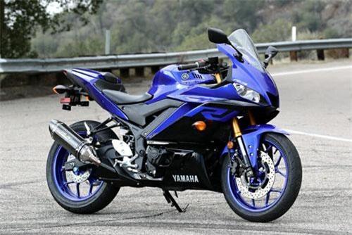 5. Yamaha YZF-R3 2019 (giá khởi điểm: 4.999 USD).