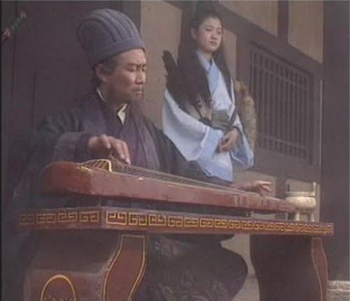 "Khong phai Gia Cat Luong, day moi la tac gia cua ""Khong thanh ke""-Hinh-3"