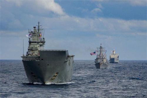 Cuộc tập trận chung hải quân mang tên Talisman Sabre 2019 do Australia và Mỹ cùng đứng ra đồng tổ chức vừa rồi đã bắt đầu với sự tham gia của một loạt các tàu hải quân tới từ nhiều quốc gia. Nguồn ảnh: Sina.