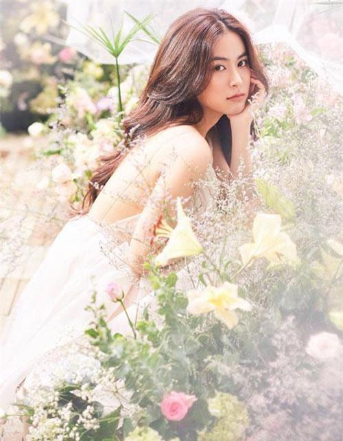 Hoàng thùy linh sinh ngày 11/8/1988 tại Hà Nội.